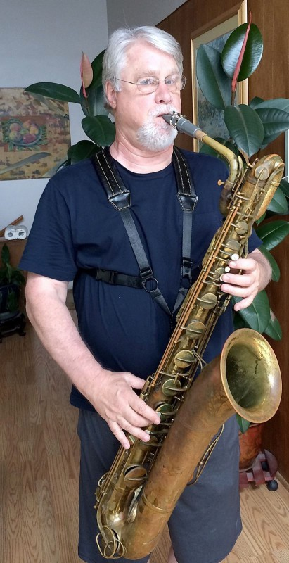 Walker & Williams SA-42 Premium Leather Padded Saxophone Harness Bari Tenor Alto